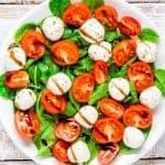 Inslata Caprese van het Italiaans buffet