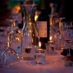 Gedekte tafel op een bruiloft catering opdracht